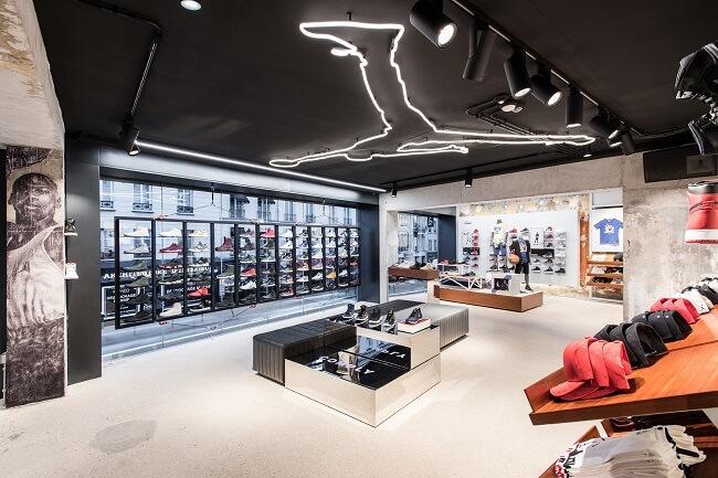 طراحی داخلی فروشگاه و واحدهای تجاری