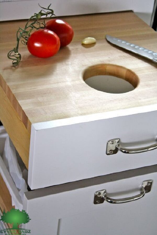 تخته قصابی توکار در کابینت آشپزخانه